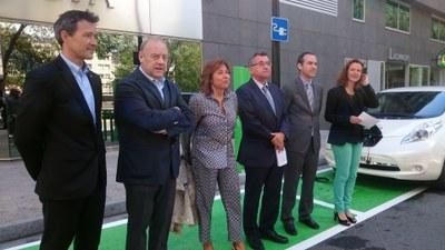 FEDA inaugura el primer punt de càrrega accelerada de vehicles elèctrics
