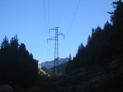 La futura línia d'alta tensió d'Encamp a Grau Roig permetrà triplicar la capacitat de transport d'energia elèctrica