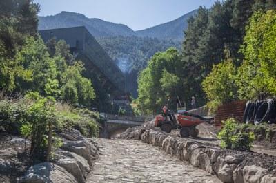 Les obres de la construcció de la xarxa de calor arriben a la rotonda de la Borda Estevet
