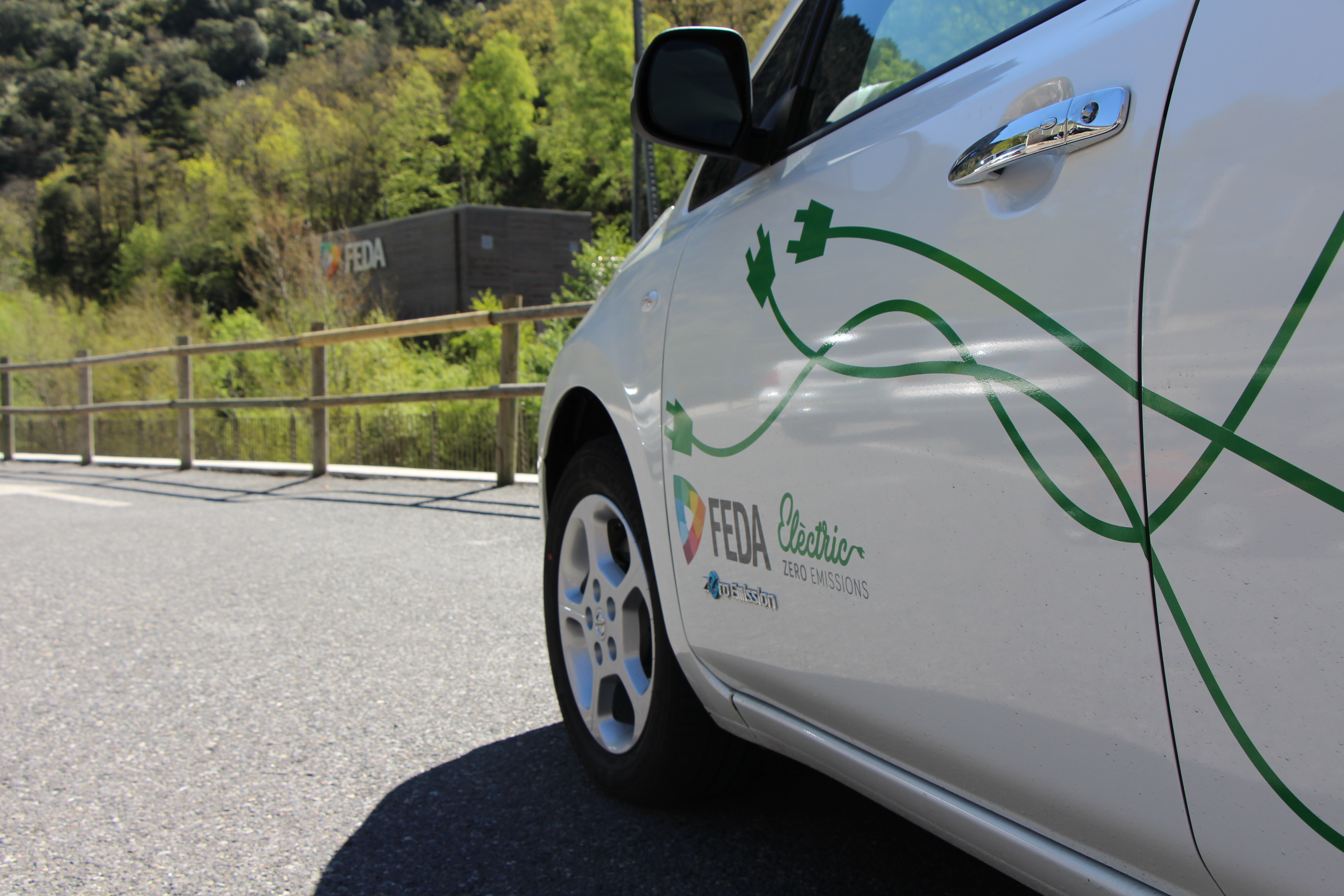 Vehicle elèctric Nissan Leaf